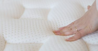 This is the Best Memory Foam Mattress That You Can Try